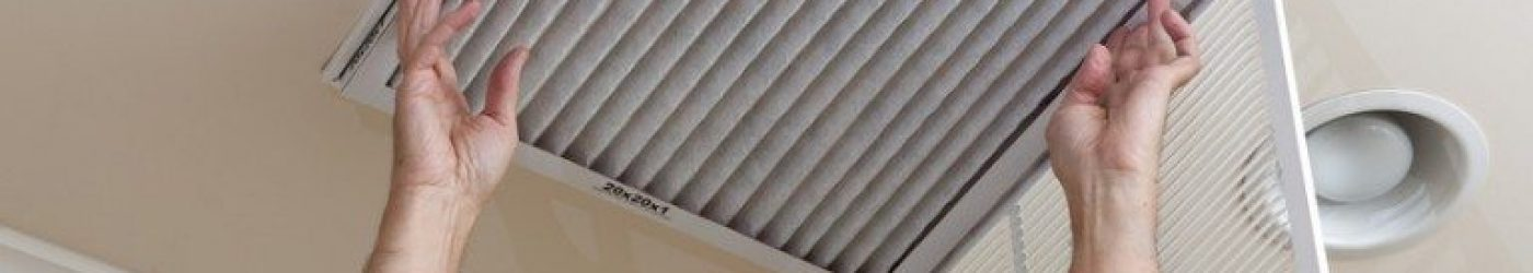 photodune-2581757-senior-man-opening-air-conditioning-filter-in-ceiling-s-768x659